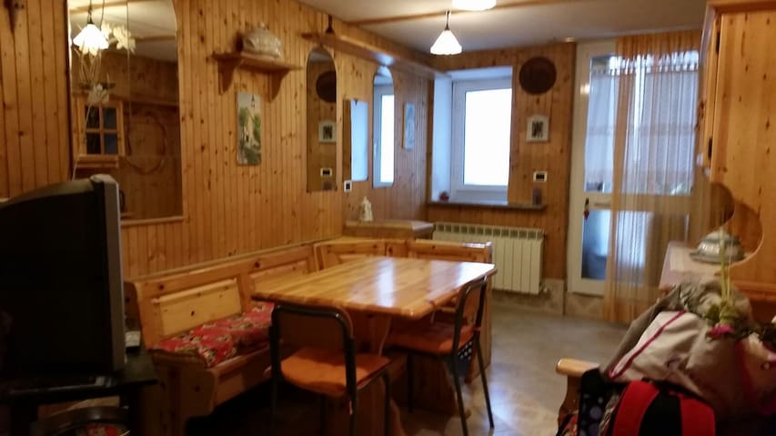 Big comfortable and relaxing House in Countryside - Crocefieschi - Dům