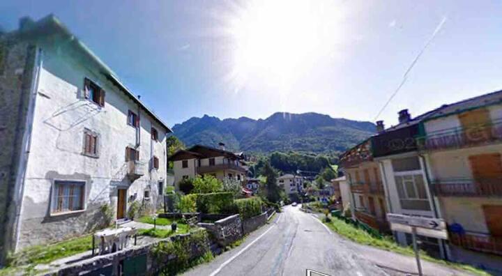 Serina, i monti vicino alla citta'