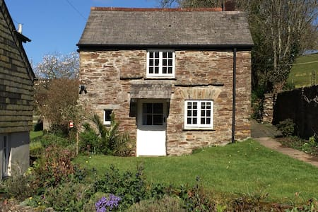 Stone cottage in rural Cornwall - Liskeard - Rumah