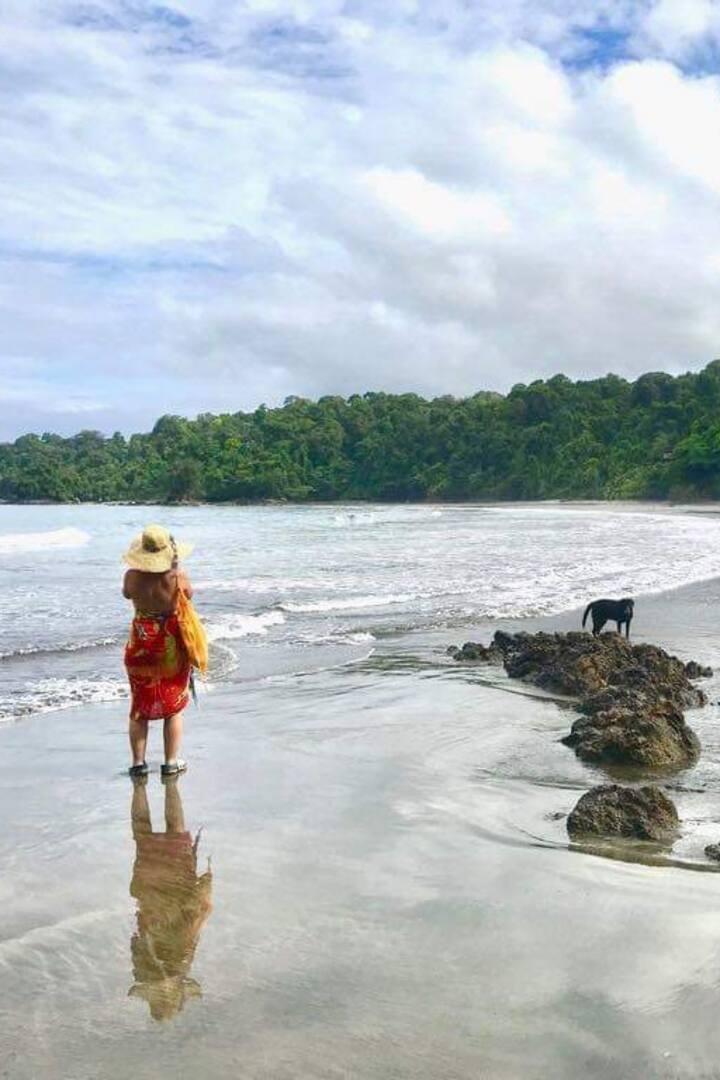 Nuestra solitaria playa