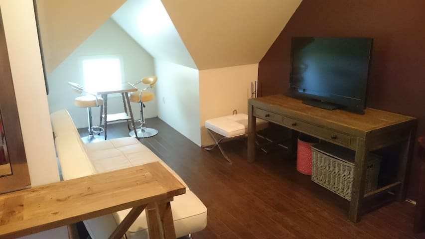 Spacious, furnished loft near downtown Kentville