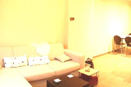 Mol Appartement gunstig gelegen.