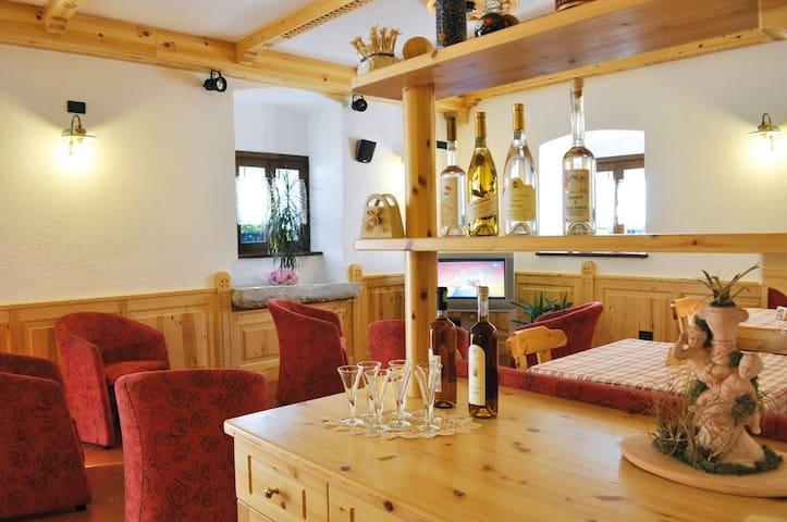 Stanza Ciclamino, Agritur Maso Marocc - Comano Terme - Bed & Breakfast