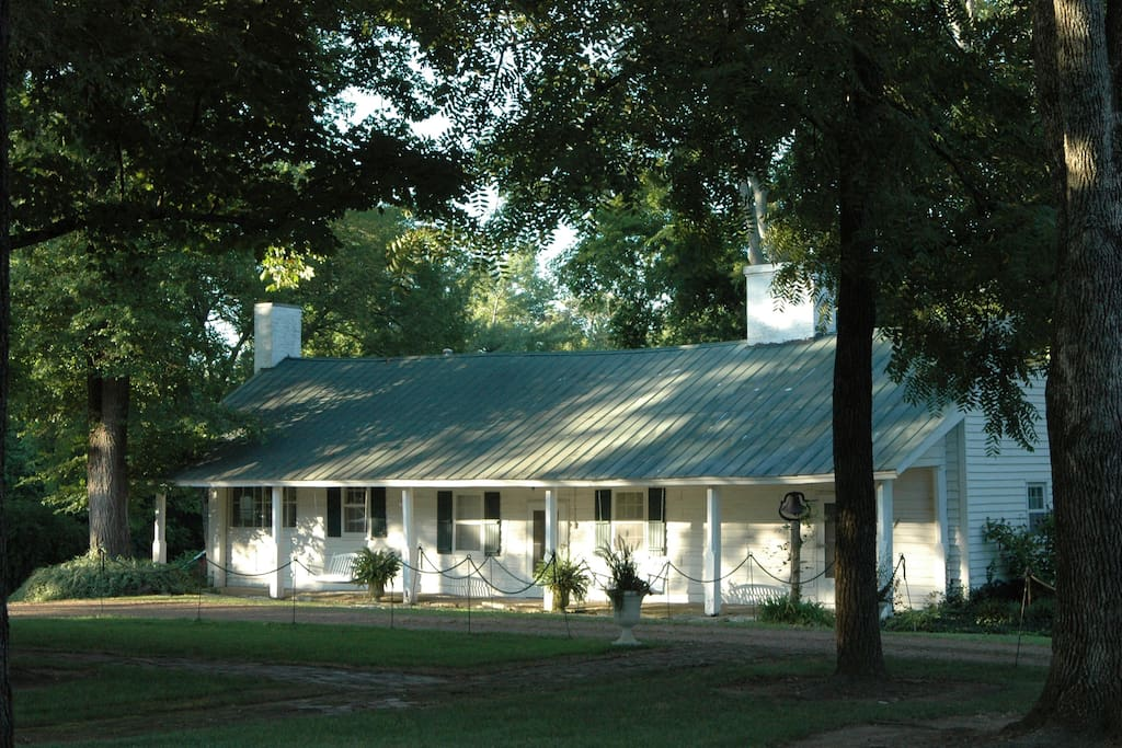 Historic cabin min from nashville cabins for rent in for Cabin rentals vicino a nashville tn
