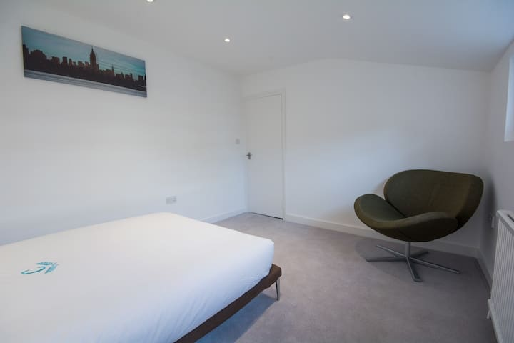 Neat Room in Prime Victoria - Westminster - London - Hus