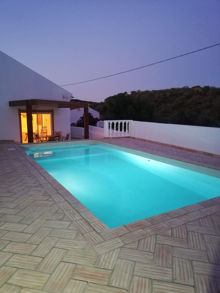 Casa Zen com piscina