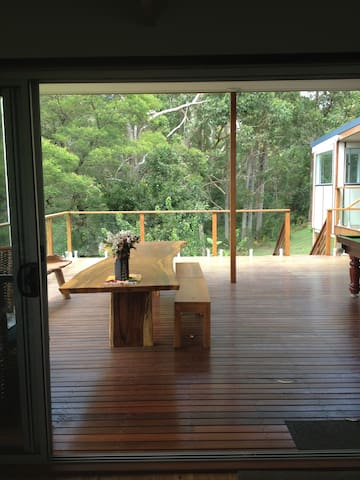 Lake Treehouse downstairs flat - Lake Conjola
