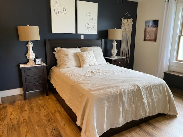 Homestead Guest Room