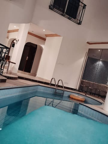 Luxeries Villa In Rawdah For Eid only