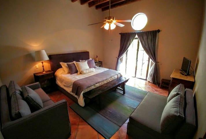 ZÄNÄ  B&B  amanecer - San Miguel de Allende - Bed & Breakfast