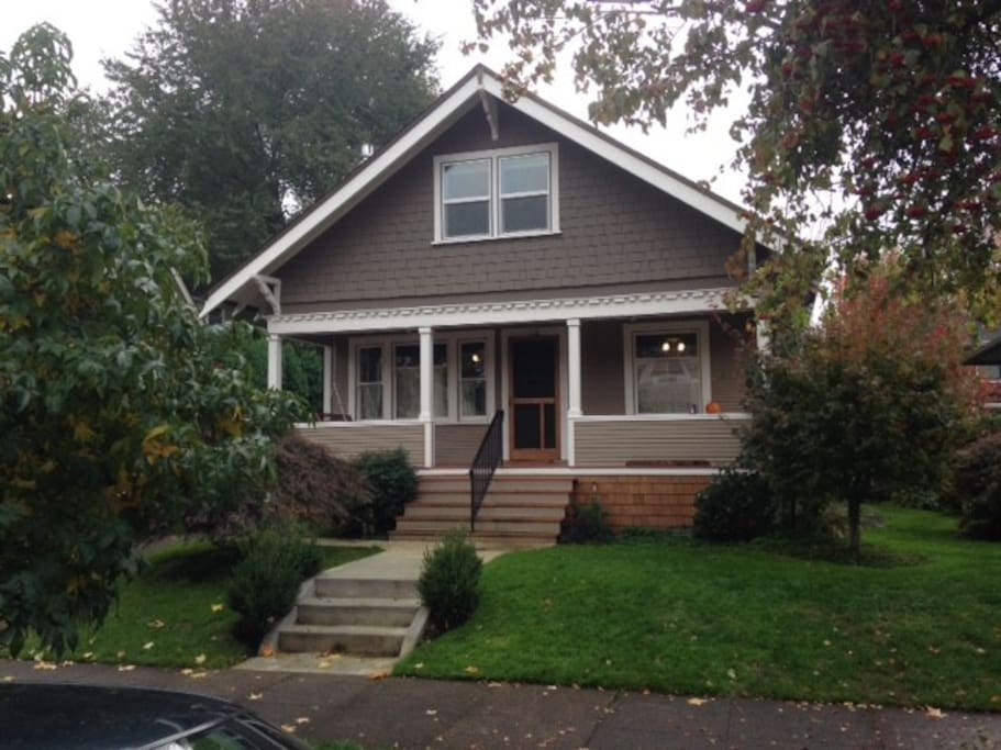 3br renovated home by sellwood park houses for rent in