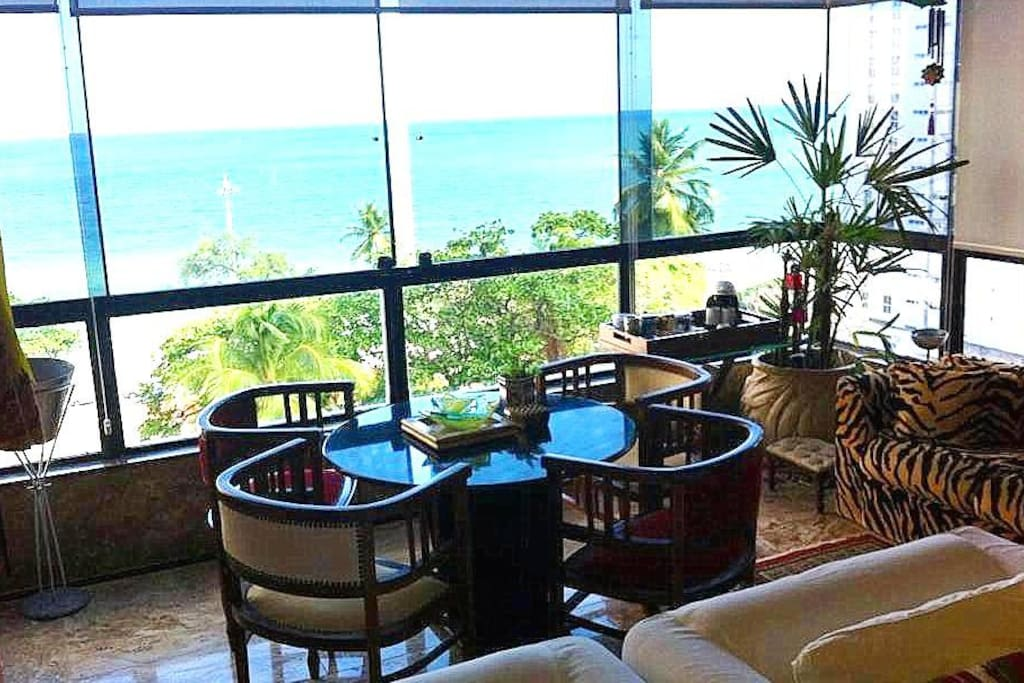 Balcony overlooking the Sea. Art Suíte1@Best Sea View Boa viagem Beach