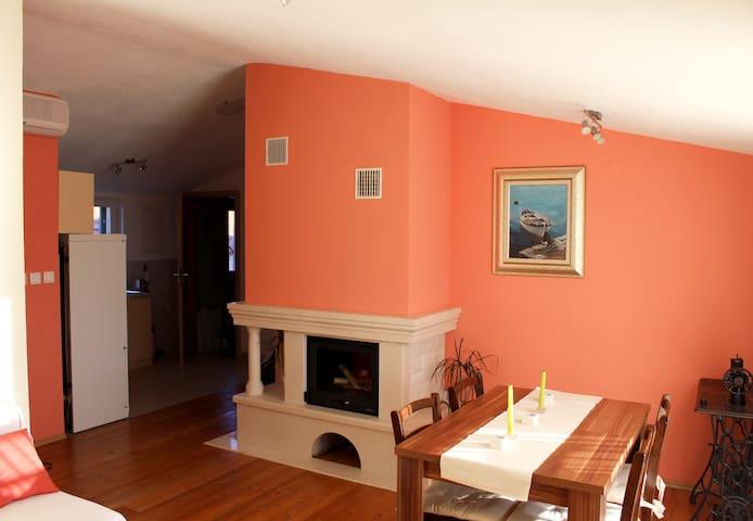 Apartman Mila - Mala Rava - Lägenhet