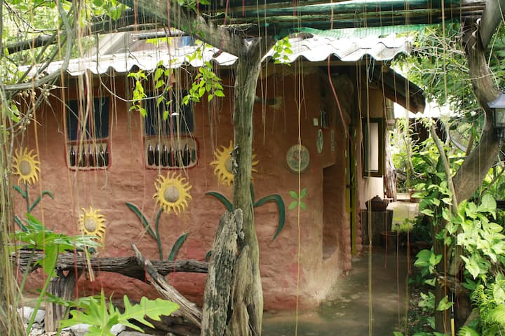 Earth Home Thailand (KeangDin)