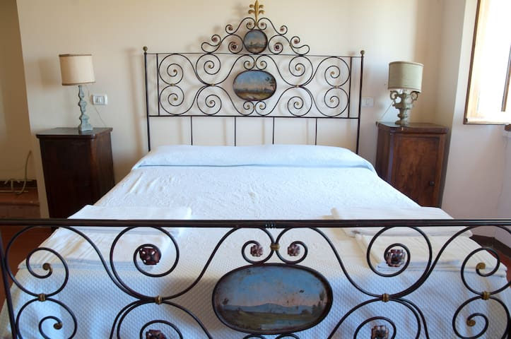 Il Vigneto: farm holidays and B&b - Spoleto - Bed & Breakfast