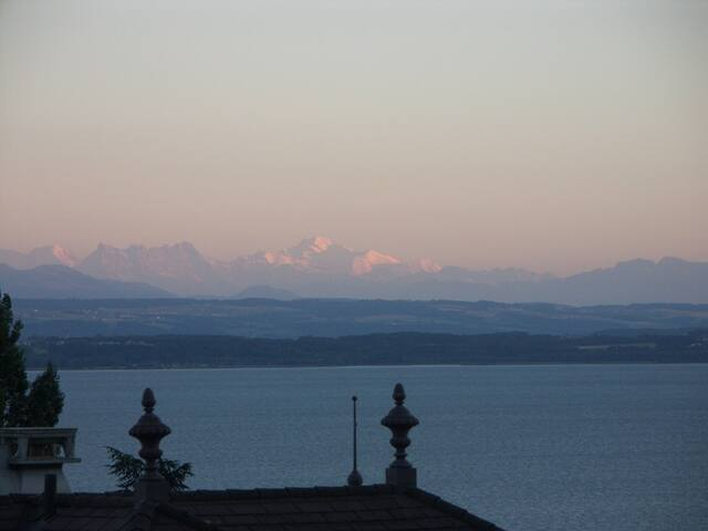 4 rooms with view on Alps and lake - Neuchâtel - Daire
