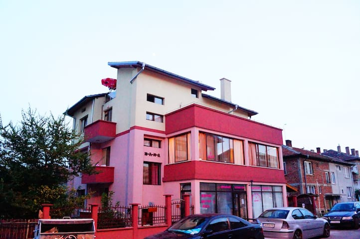 Guest House Dara - Tsarevo - Bed & Breakfast