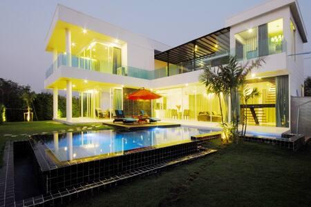Aria Golf Villa - Tambon Bang Chalong