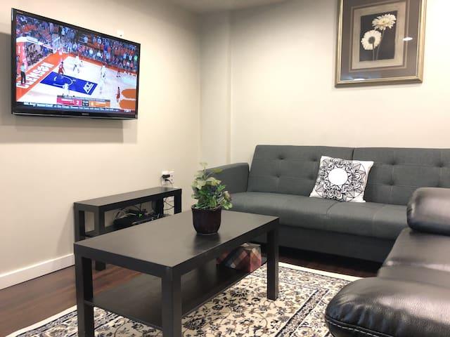Elegant and Comfortable peaceful Basement Suite