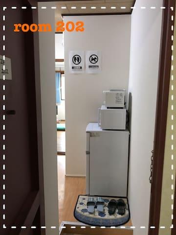 「兼六ハイツ 洋室タイプ202」個室ワンルーム。Wi-fi完備。駐車場要相談。