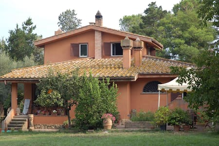 Villa in Campagna - Roma - Bed & Breakfast