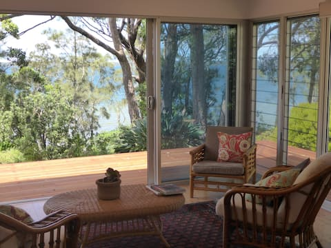 Waterfront retreat Jervis Bay area