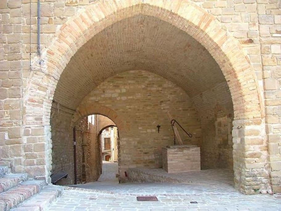 Casa vacanza castello xiii avacelli case in affitto a for Case vacanza budoni e dintorni