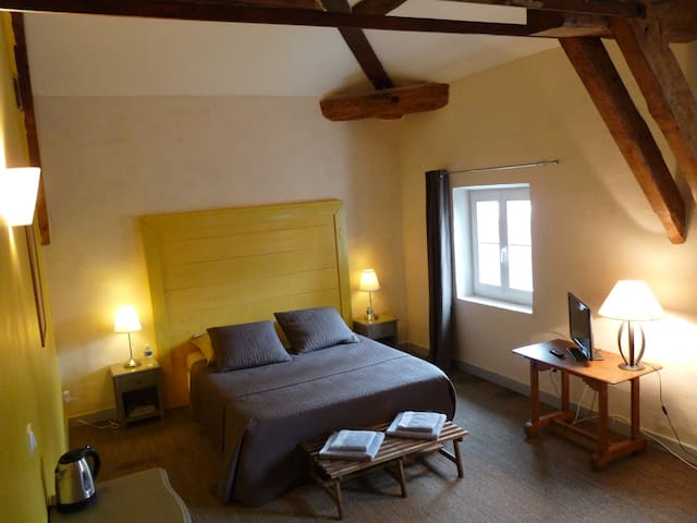 Chambre de L'Oranger - Pont-Saint-Esprit - Bed & Breakfast