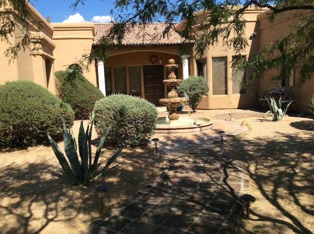 Casa de los caballos - Scottsdale - Hus