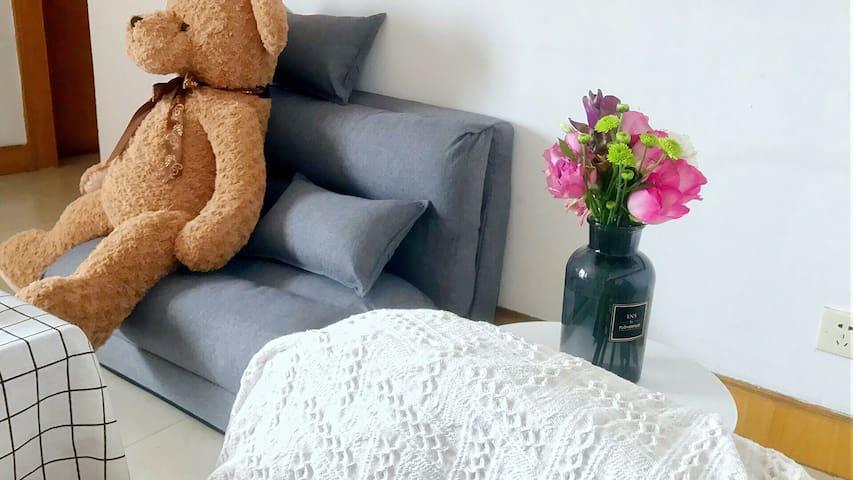 世纪公园附近客厅榻榻米床位 Living room tatami,near century park