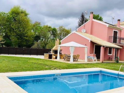 Villa Yason med privat basseng