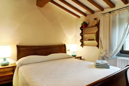 Il Chiesino B&B camera Montecatini  - Montecatini Val di Cecina - Bed & Breakfast