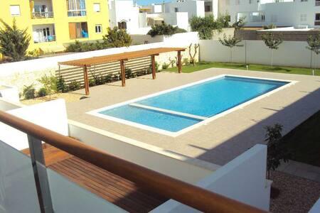 Se alquila apartamento, con piscina - 梅諾卡島 - 公寓