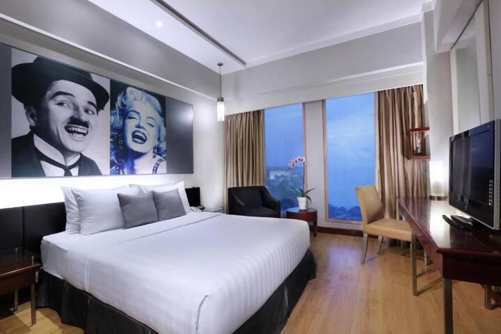 Fabolous Room Deluxe At Semarang