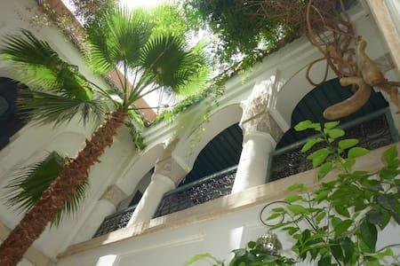 DAR MALAK,votre riad à MARRAKECH. - Marrakesh - Bed & Breakfast