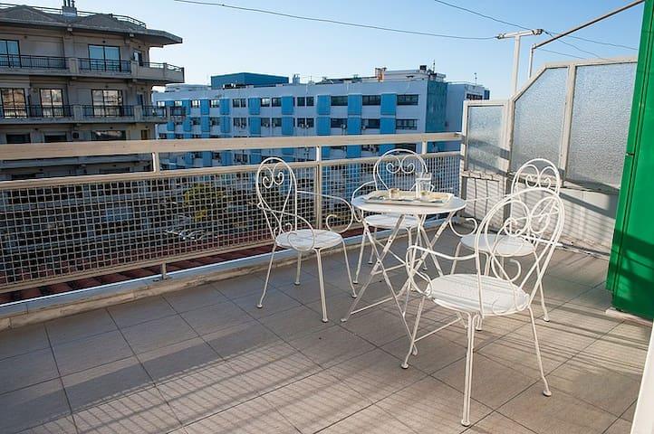 Ippokrateio Hosp. apartment, 5th floor