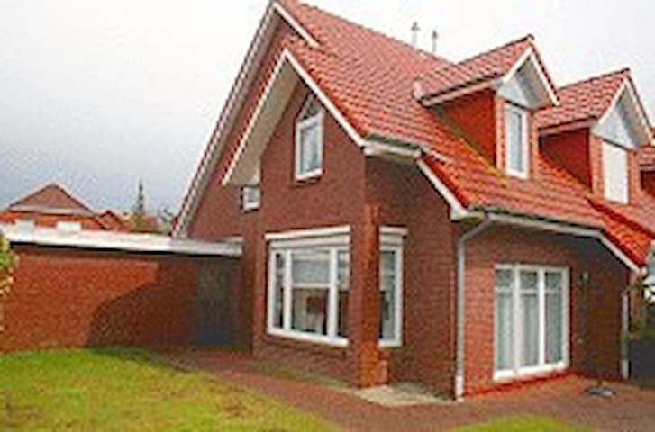 Ferienhaus am Strand - Dornum - Huis