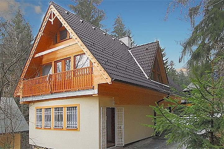 Chata Lenka; a welcome home!