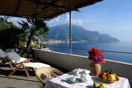 Ravello L'Incanto access to the sea - Marmorata