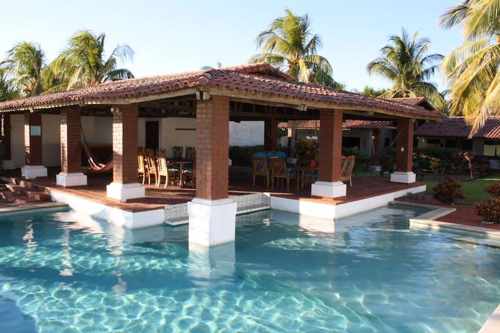 Casa Tortuga - Ocean Front House  - La Libertad - Huis