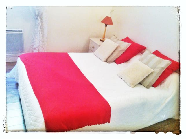 Chambre privée Montpellier Centre - Montpellier - Bed & Breakfast