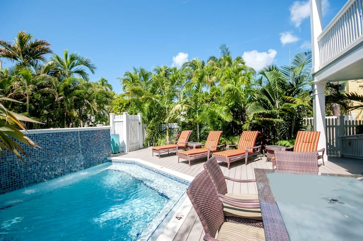 DREAMING ON DUVAL- Luxury Home w/ Private Pool- As seen on HGTV House Hunters