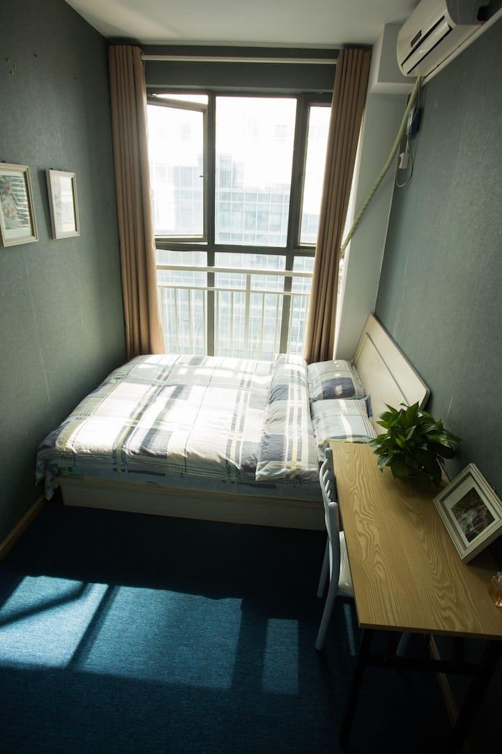 玻璃门大床房