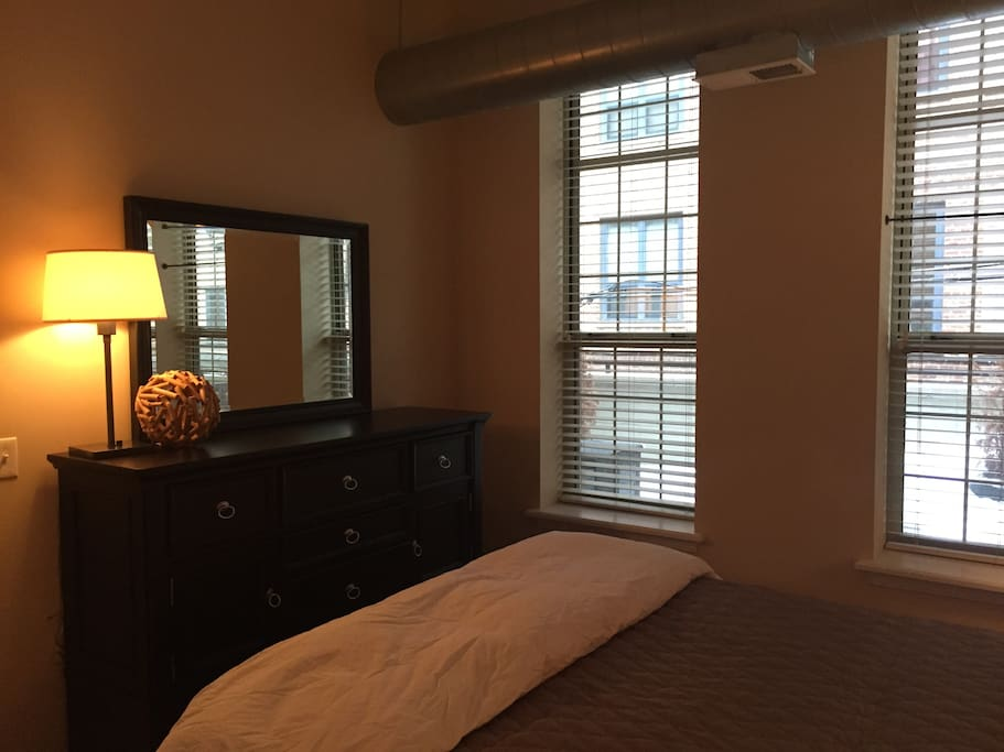 1Bed Michigan Ave Executive Suite