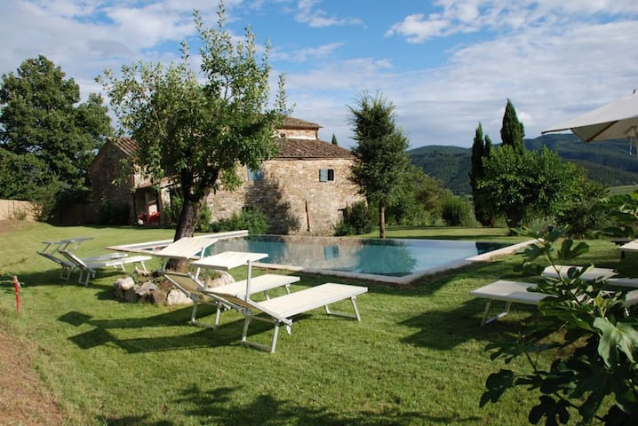Lovely farmhouse near Cortona - Cortona