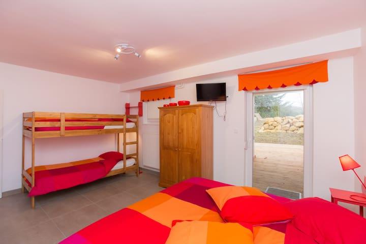 Chambres d'hôtes avec jardin   - Marieulles - Bed & Breakfast