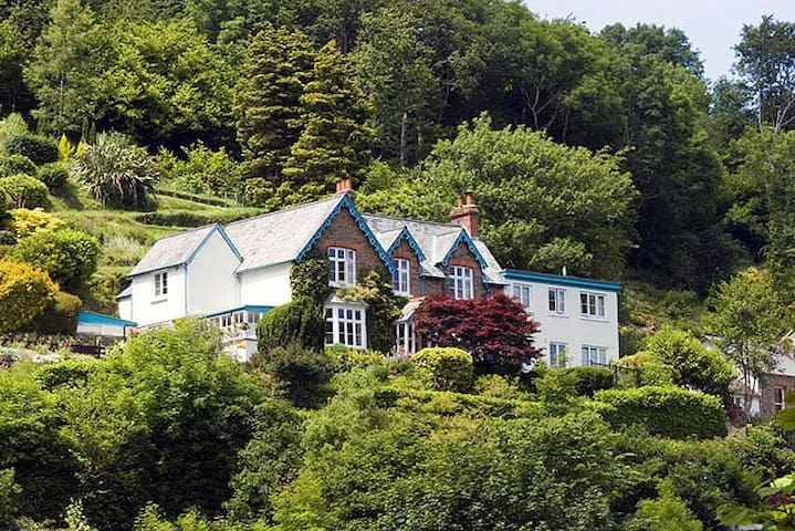 Pine Lodge B&B Guest House Lynton  - Lynton - Гестхаус