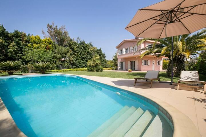 Villa Freedom in Sounio - Esperides