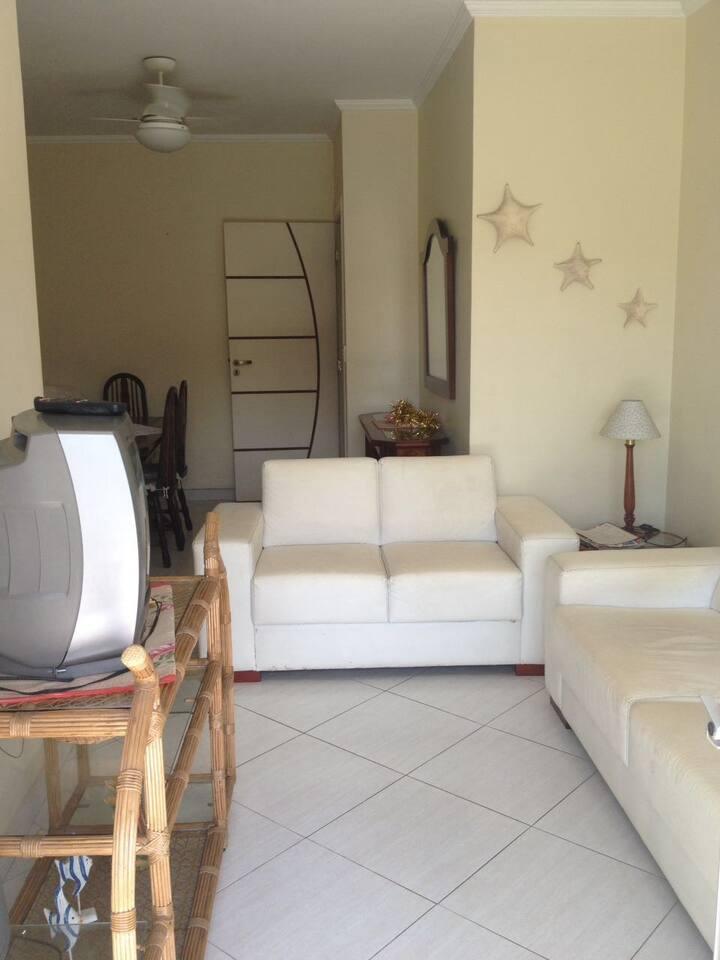 Apartamento no Guaruja,  proximo Casagrande Hotel