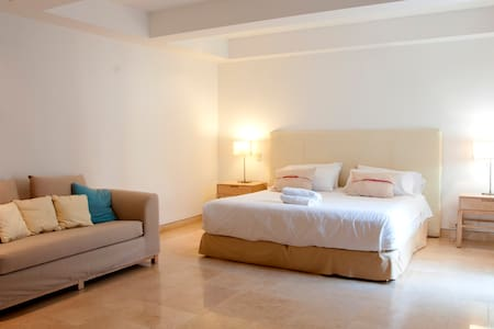 Old City Luxury 1 Bedroom - Cartagena - Apartment